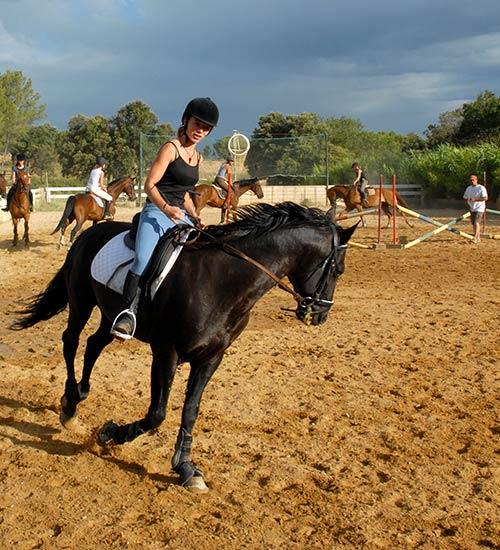 Prix des cours d'équitation à Bourg-en-Bresse
